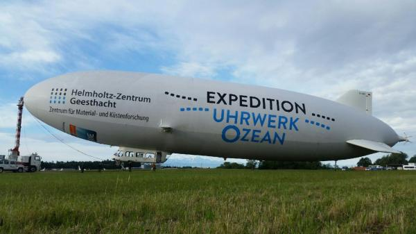 Zeppelin vor Start 1